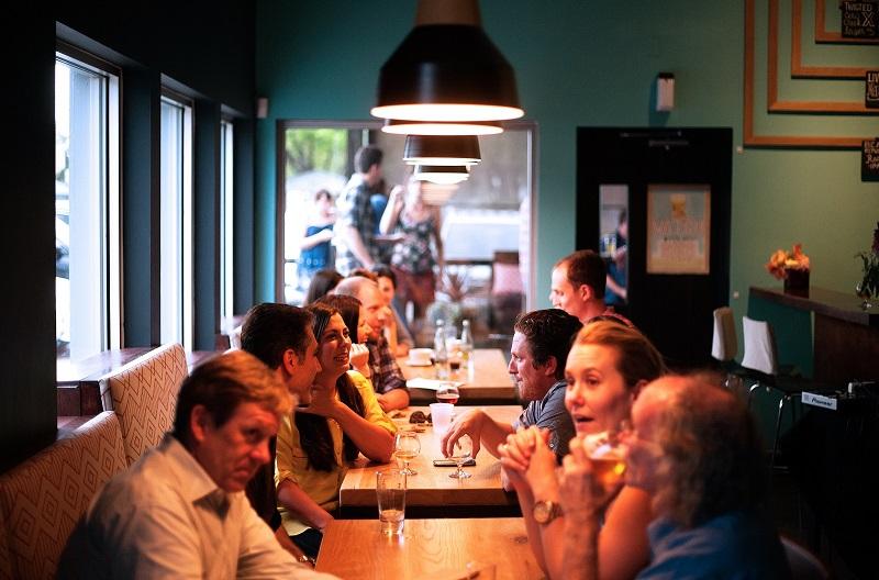 restaurant-690975_800x600